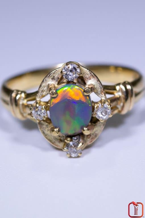 Vintage Opal & Diamond Ring in 18ct Gold Close up
